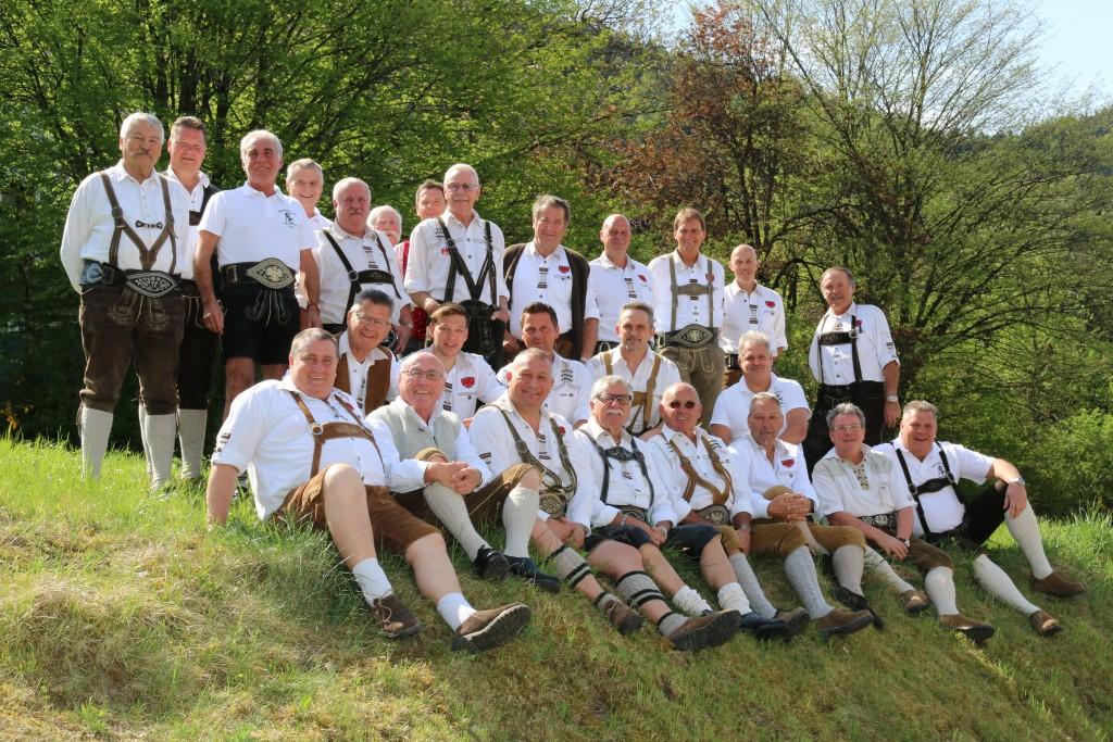 Am 26.04.2015 trafen sich 28 Mitglieder zum Frühschoppen im Restaurant Völser Pichl. Nach dem Aufstellen für das Gruppenfoto wurde uns ein köstlicher Rindsbraten serviert. Wir bedanken uns recht herzlich bei…