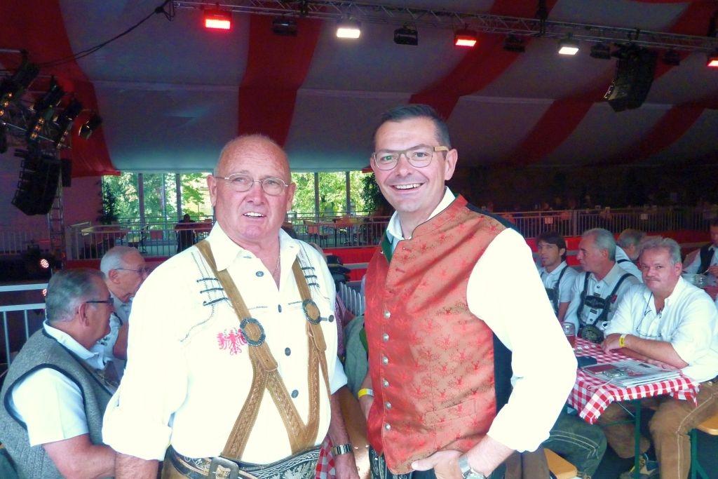 Elmar Michael von der BAU AG Immobilien Ges.m.b.H aus Kematen lud ein und dieLedehosenrunde Völs kam der Einladung auf das Oktoberfest des ORF Tirol auf der Innsbrucker Messe gerne nach.Wir…